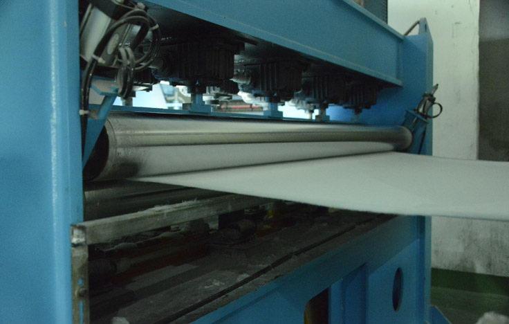 二号生产线针刺机